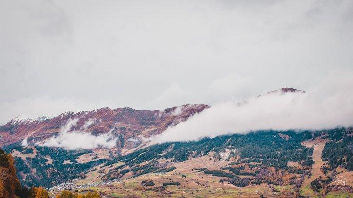 Blick vom Berg in Prutz auf dem Weg nach Fendels